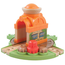 Old Town Turntable - Chuggington Wooden Railway